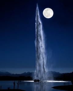 Moonlight on Fountain8X10